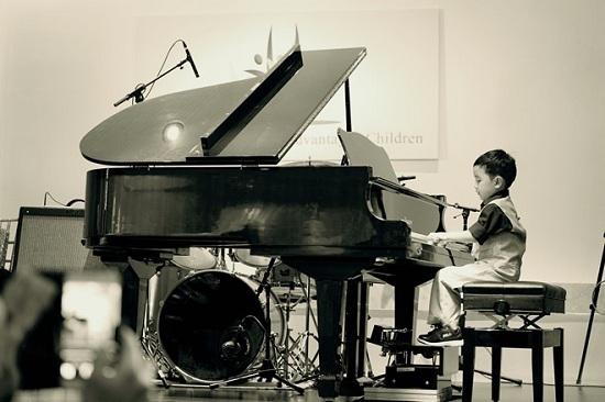 Hướng Dẫn Cách Bố Trí Hiệu Quả Micro Cho Đàn Piano Arcoustic