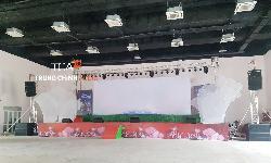 Loa line array toàn dải TOA HX-5B cho sân khấu Trung tâm Văn hóa