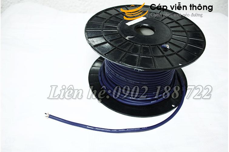 Dây tín hiệu  FMC 368 PRO màu đen/ xanh