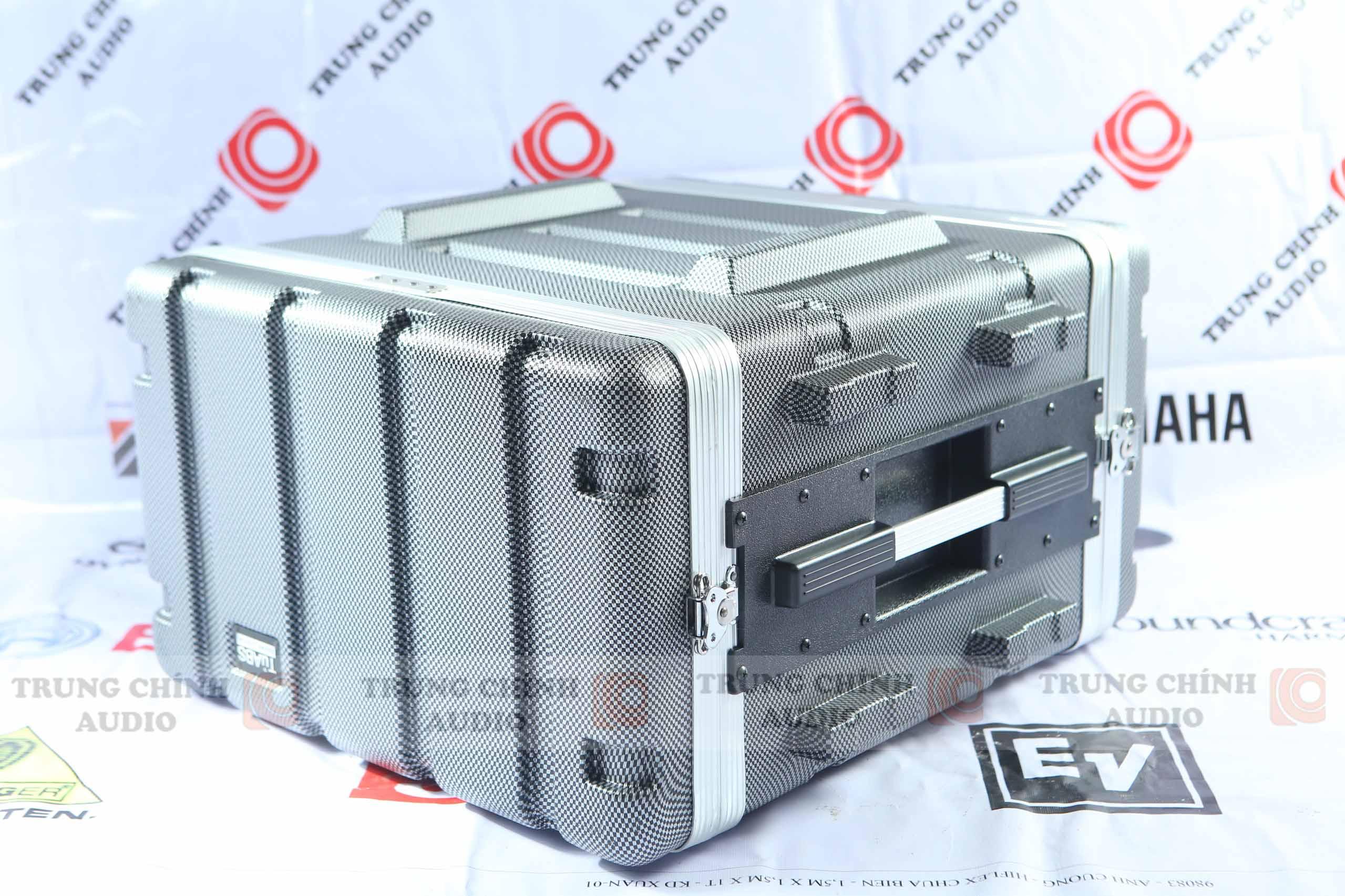 Tủ âm thanh ABS chuyên dụng AV 8U