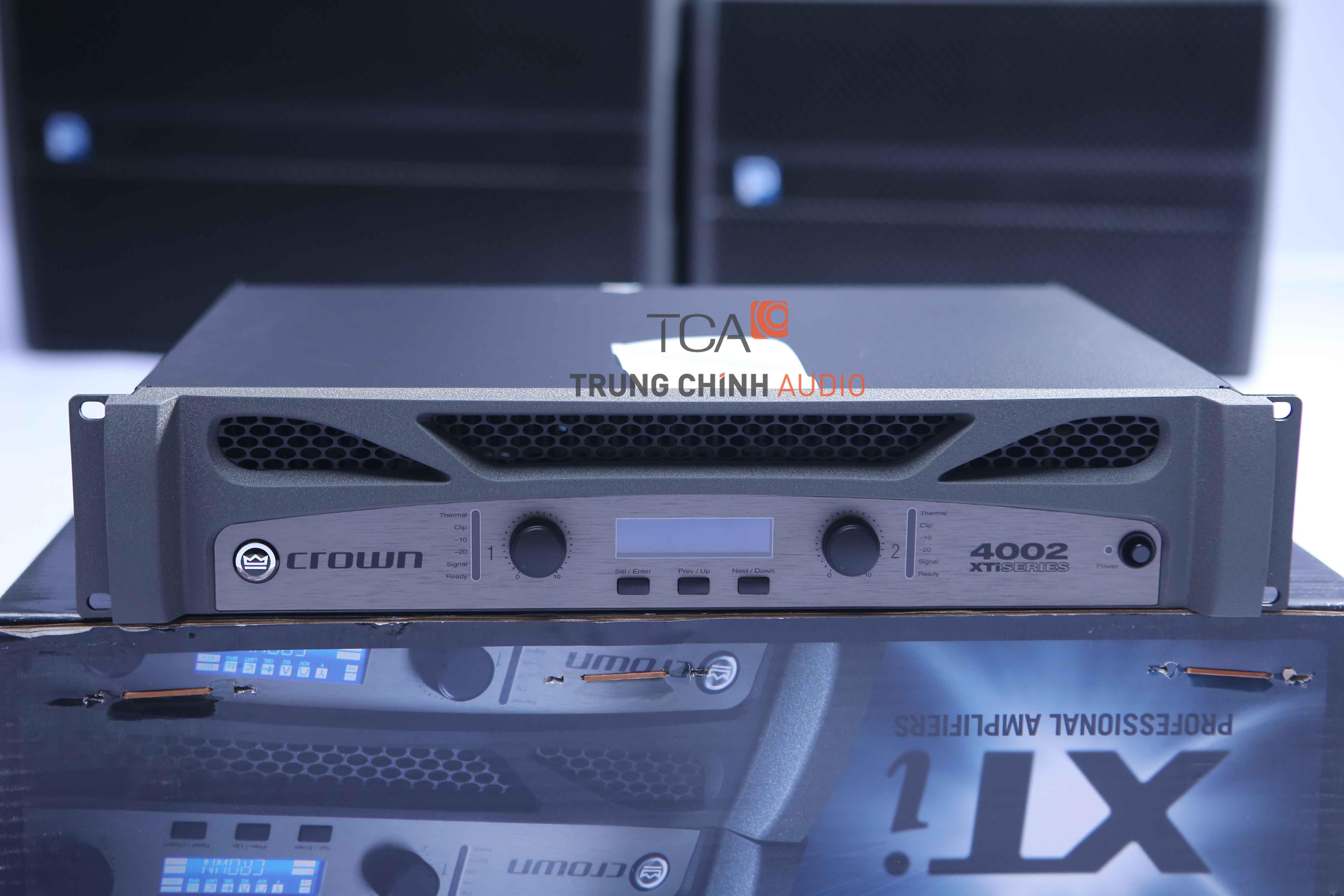 Crown XTi4002 : Bộ khuếch đại công suất