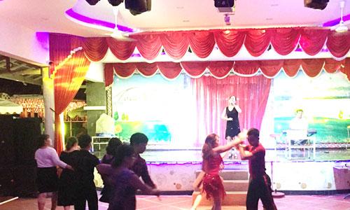 Âm thanh ánh sáng sân khấu chuyên nghiệp: nhà hàng Sơn Dung, Bình Thuận